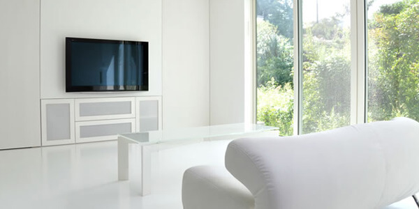 テレビ壁掛けはお部屋を広くできる
